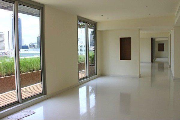 The-Legend-Saladang-Bangkok-condo-penthouse-for-sale-6